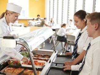Number of UK children applying for free school meals rises