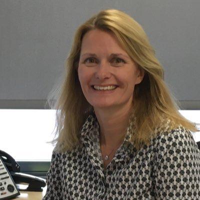 Helen Burge headshot